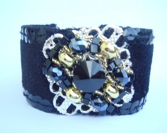 cuff black and gold fabric