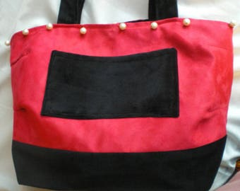 """""""Lady and the beaded necklace"""" Tote"""