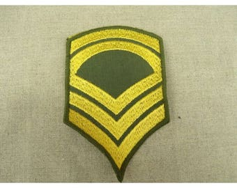 military coat has sew - shoulder pad pattern