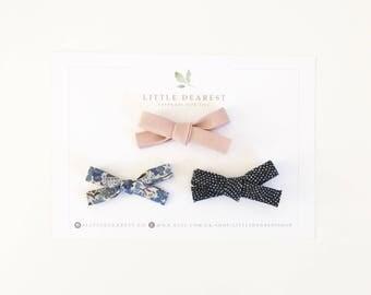 Dainty bow set