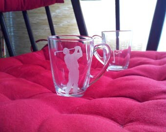 Duo of coffee cups 7 cm free customization - engraving of a tee and golf player