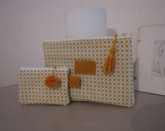 Set of mustard print kits / lined white felt