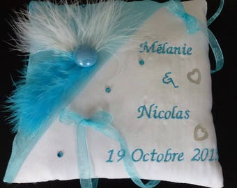 Turquoise feather wedding ring cushion