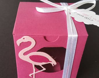 Box dragees in the shape of cube pink Flamingo theme