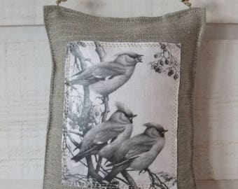 Door linen bird pillow