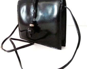 Small black patent shoulder bag with beads