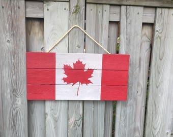 Rustic Pallet Canadian Flag