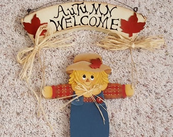 Hand painted scarecrow fall/halloween wall hanging
