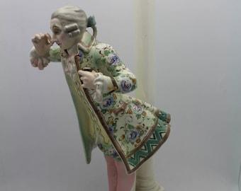 """GOLDSCHEIDER Lorenzl """"A Little Snuff"""" Ceramic Figure Lamp Vienna, Austrian"""