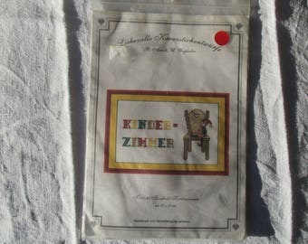 Embroidery Chair kinder zimmer on canvas, gift
