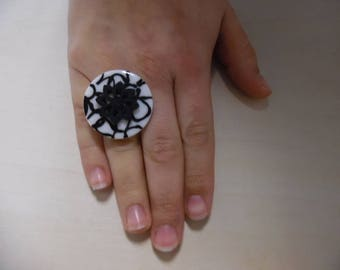 Silver ring with button