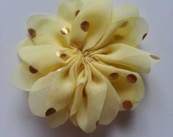 fleur jaune à pois doré     80mm