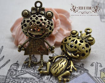 QDW126 + QDW079 Grenouil, prince, Princess, bronze pendant