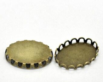 1 pendant oval bezel for cabochon 18 / 13mm antique bronze