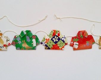 """Shirts"" origami wall wreath"