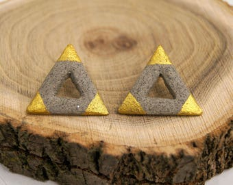 Ceramic concrete earrings triangle, gold grey