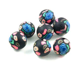 X 10 hungry black flowers 12mm beads
