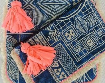 Ethnichic medium pouch