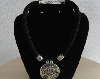 Big black ethnic necklace round pendant