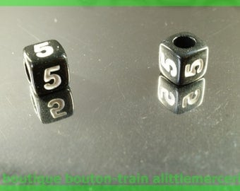 number 5 cube bead 6 mm black and white plastic