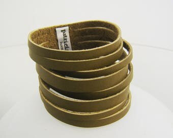 Bracelet multi-row TAGLIATELLE OLIVE - khaki green cowhide leather