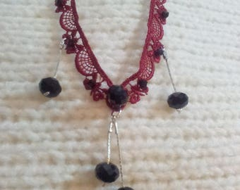 Lace necklace with black Crystal beads