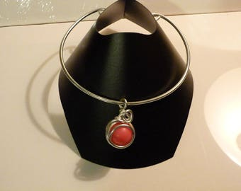 THE CHOKER NECKLACE PINK PENDANT AND ALUMINUM
