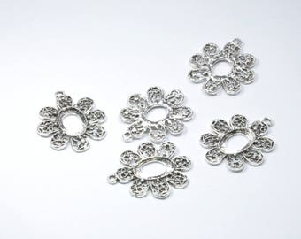 BR749 - Set of 5 silver metal flower charms