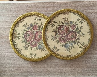 Set of two Coasters