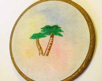 Palm tree sunset - embroidery hoop