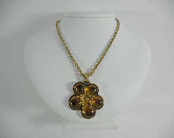 Beautiful Vintage KENZO PARIS green/brown Lucite/Resin Flower necklace with chain 1990