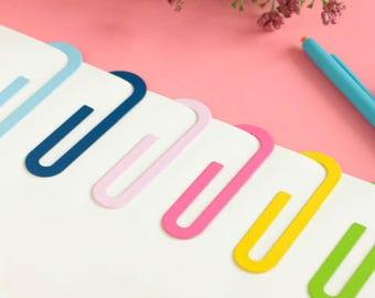 XL bookmark, paperclip.
