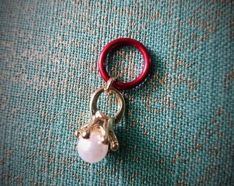 Pearl Ring Stitch Marker