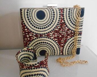 Idée cadeau. Pochette  minaudière et bracelet en wax (tissu africain)