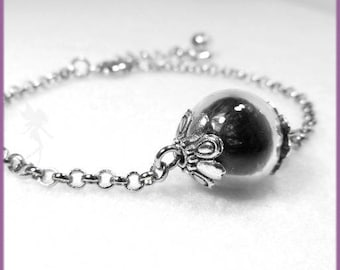 """""""Raven feathers"""" silver plated bracelet, glass, black feathers"""