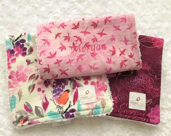 Floral burp cloth Personalized; baby girl gift; pink burp cloth set, baby shower gift set; baby stocking stuffer