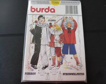 burda 7095 for child, struwwelpeter, clown, pierrot costume pattern