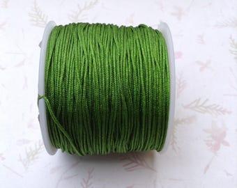 Medium green color nylon thread