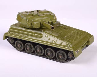 Dinky Toy Alvis Scorpion and Striker Tank
