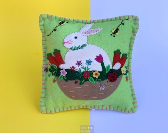 bunny in basket decorative pillow / home decoration / rabbit decoration / easter decor / easter primitive decoration / primitive pillow