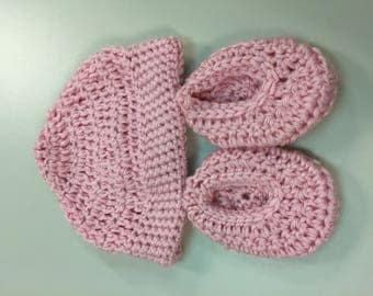 Hand Crocheted Pink Baby Beanie & Botties Set