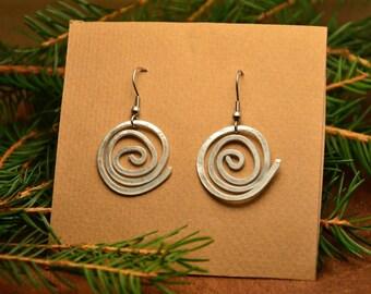 Rustic bohemian earrings, spiral wire earrings, celtic earrings, raw aluminium earrings, spiral pendant earrings,  gift for her