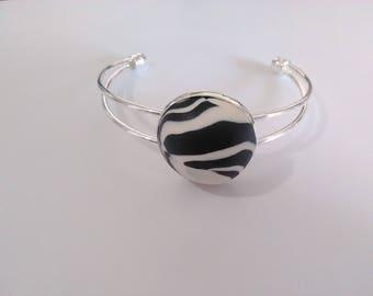 Metallic polymer clay cabochon bracelet