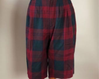 Vintage highwastied tartan  shorts