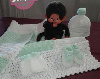 box, baby crochet, wool, gift, sweater, blanket, booties
