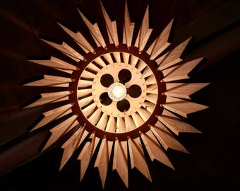 Handmade chandelier made with wood recovery