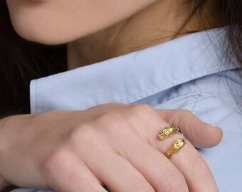 14K Gold lion ring