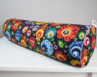 Buckwheat hull bolster pillow, yoga bolster, roll pillow, decorative bolster cushion, buckwheat pillow, łowickie flowers on black 20''x6''