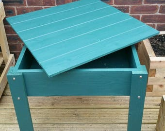 Wooden sand pit table with lid