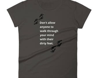 Women's short sleeve t-shirt - Dirty feet 2nd version